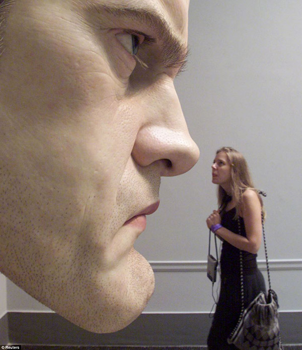 real life people sculptures