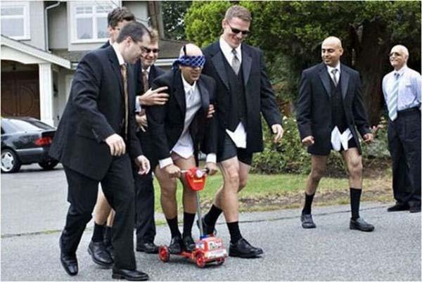 funny groomsmen pictures