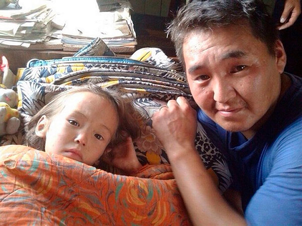 3 year old survives in Siberia 11 days with puppy