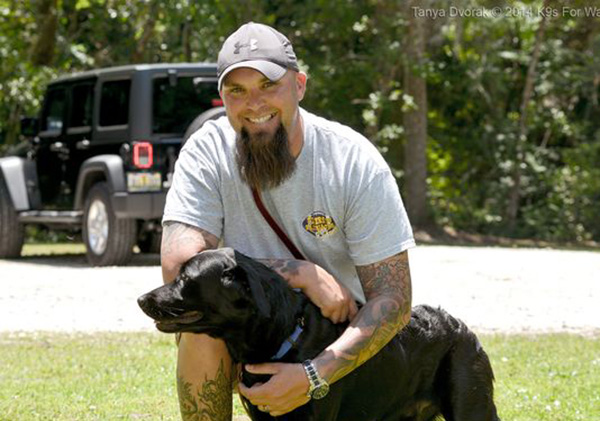 dog calms soldiers ptsd