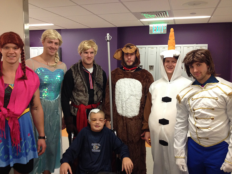 Bruins dress up like Frozen