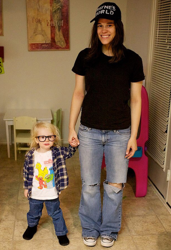 mom daughter Halloween costume