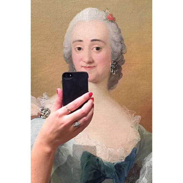 museum art selfie