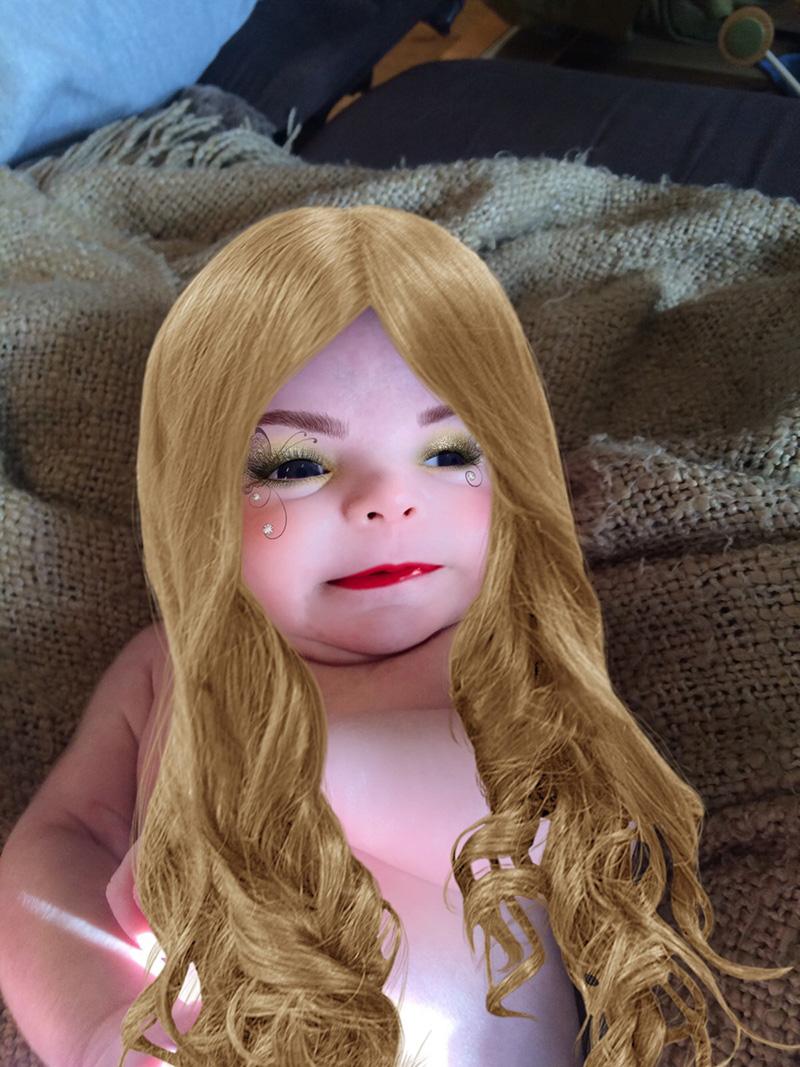 makeup app on baby