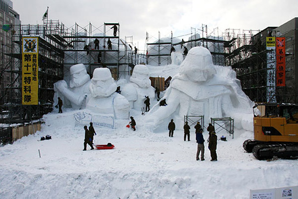 Star Wars snow sculpture