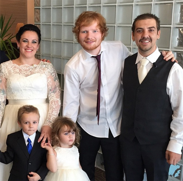 Ed Sheeran Crashes Wedding Sings Their First Dance As A Married Couple Video