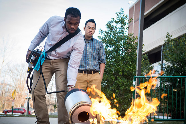 students use sound put out fire news