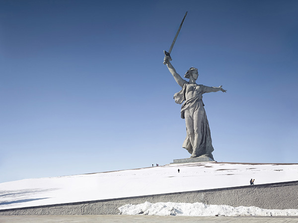 giant statues around the world