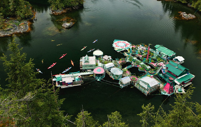 couple builds self sustaining island