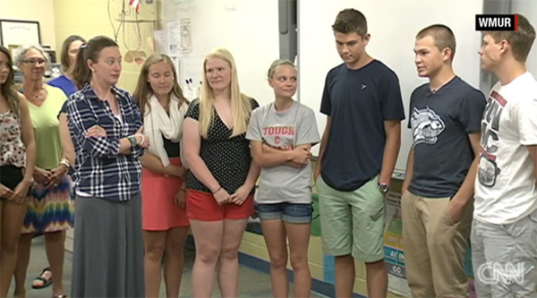 seniors donate class money to principal with cancer