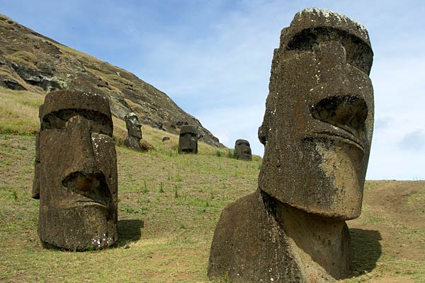 easter island 39 s monumental stone heads also have detailed. Black Bedroom Furniture Sets. Home Design Ideas