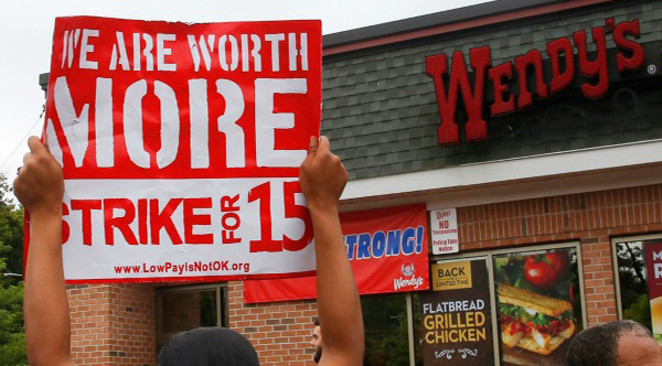 fast food workers making 15 dollars and hour in NY