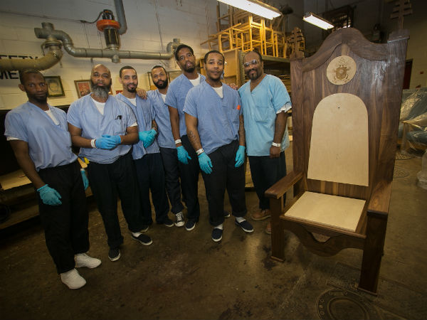 prison inmates build pope chair