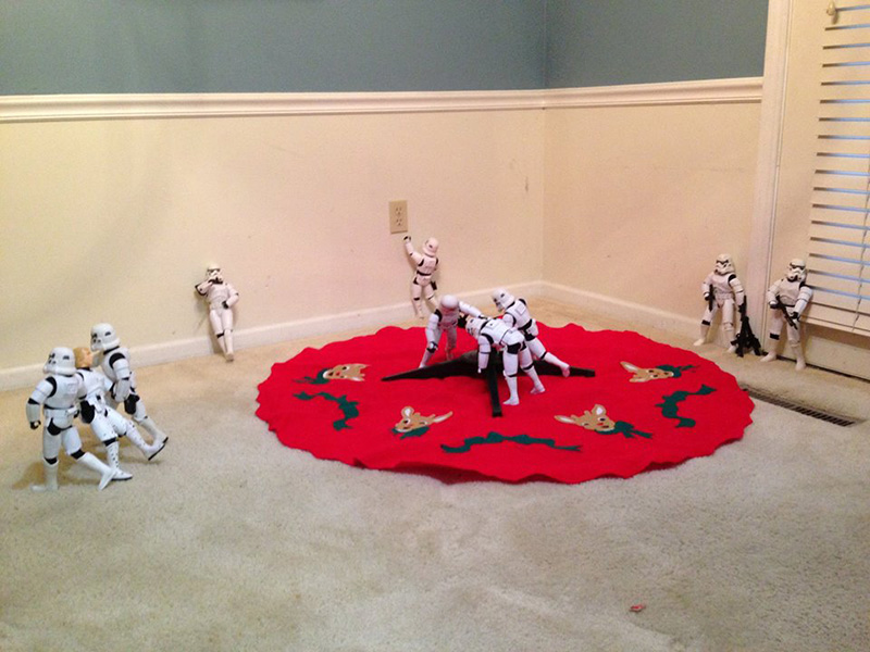 storm troopers put up Christmas tree