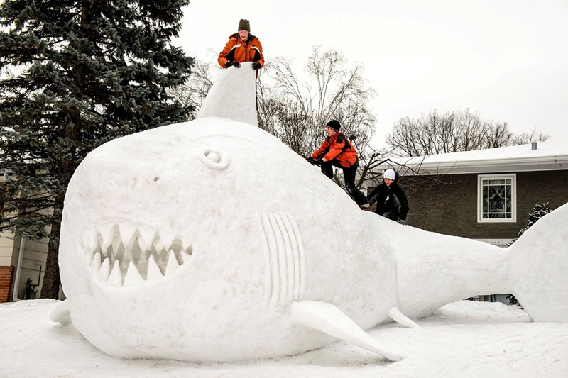 Minnesota brothers snow sculptures