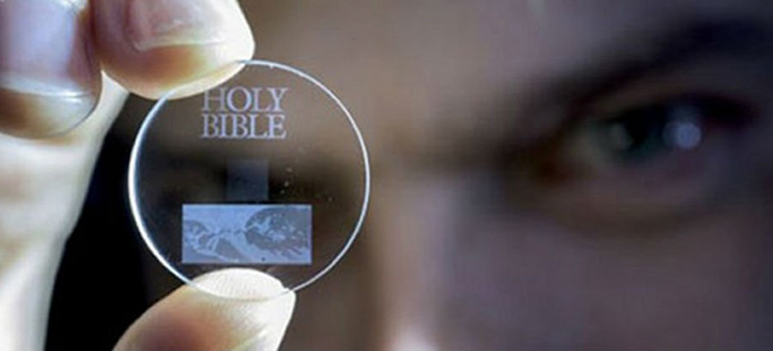 5D glass data chips for all your data storage needs