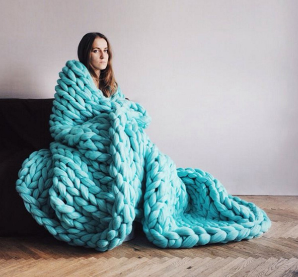 Blankets with Super-Sized Yarn
