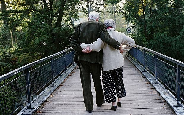the bucket list elderly couple