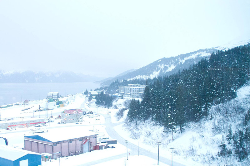 alaska town everyone lives one building pictures