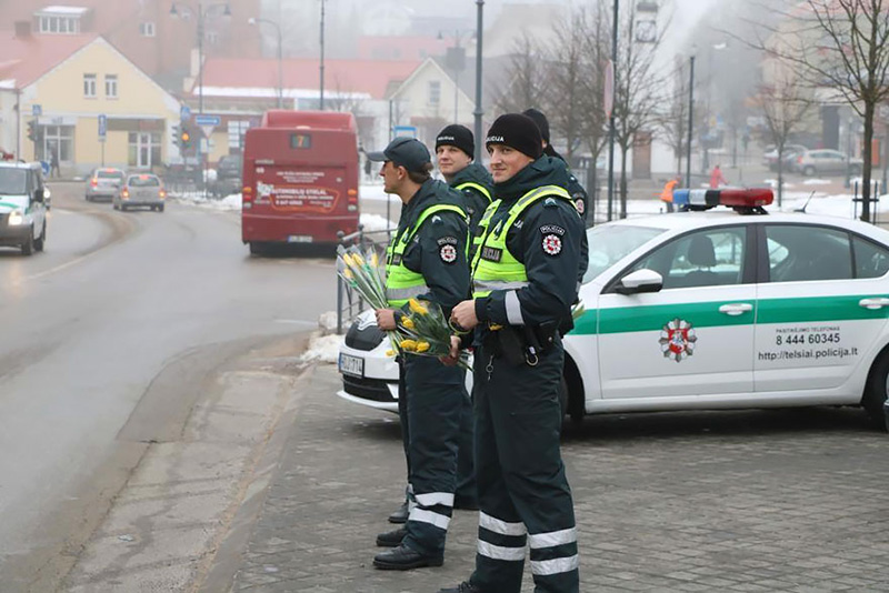 cops lithuania womens day