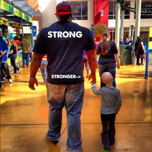 huge bodybuilder bond with girl with cancer