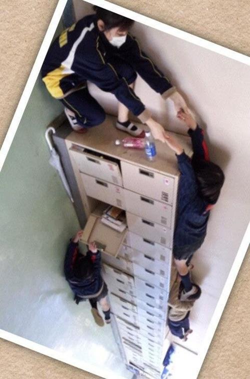 locker illusion photo