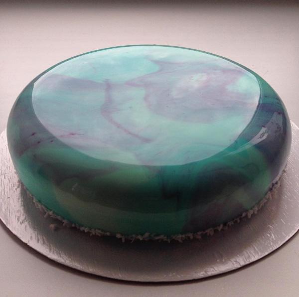 Cake Decorating Shiny Icing : Beautiful Glossy Cakes