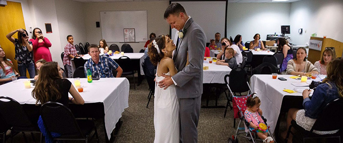 nurse holds wedding in hospital for stage 4 cancer