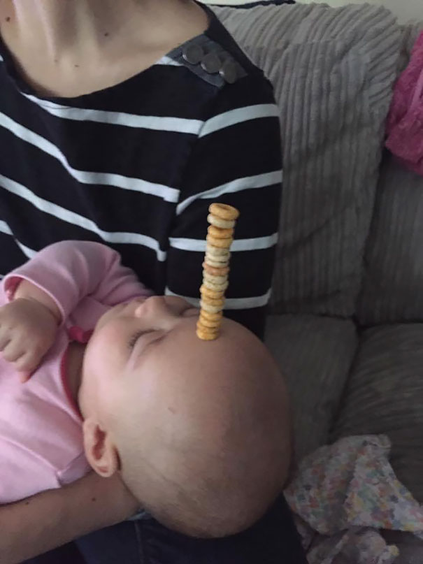 dad cheerio stacking contest babies