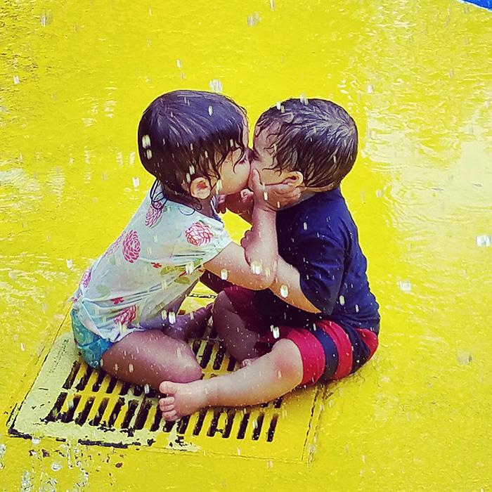 splash pad love kids