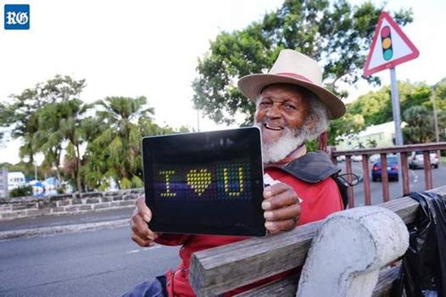 mr happy dies 93 bermuda