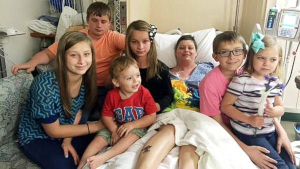 woman adopts friends 6 kids breast cancer