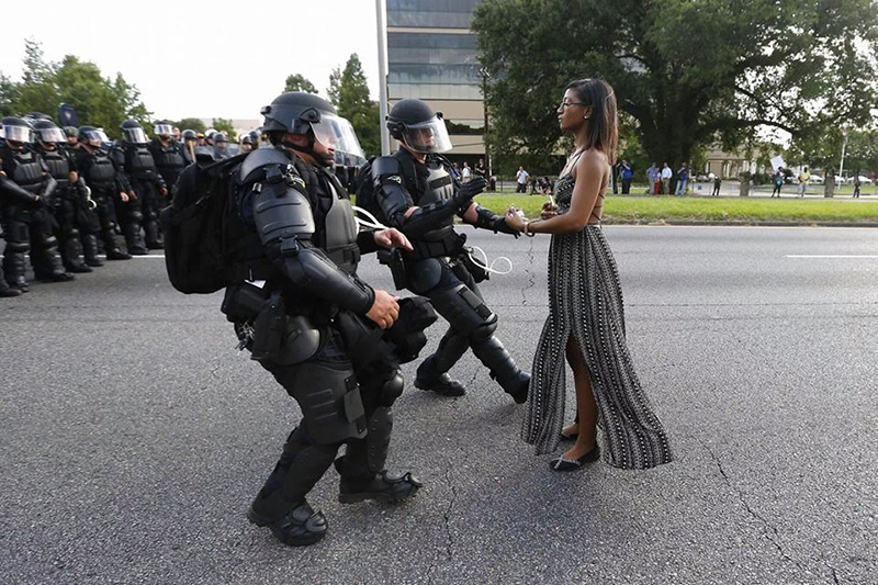 black woman powerful photo cops riot gear baton rouge