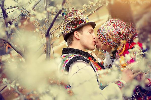 wedding gowns around the world