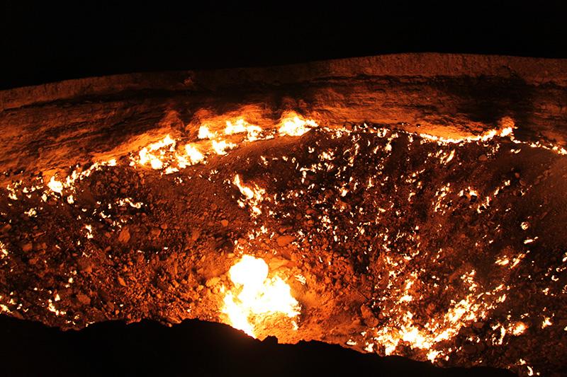 door to hell gas fire underground