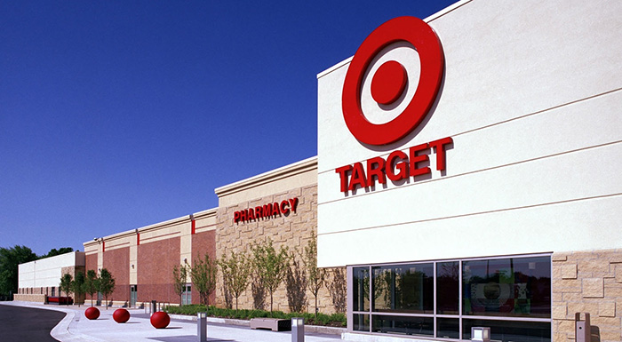 Target cashier documents first week on Tumblr