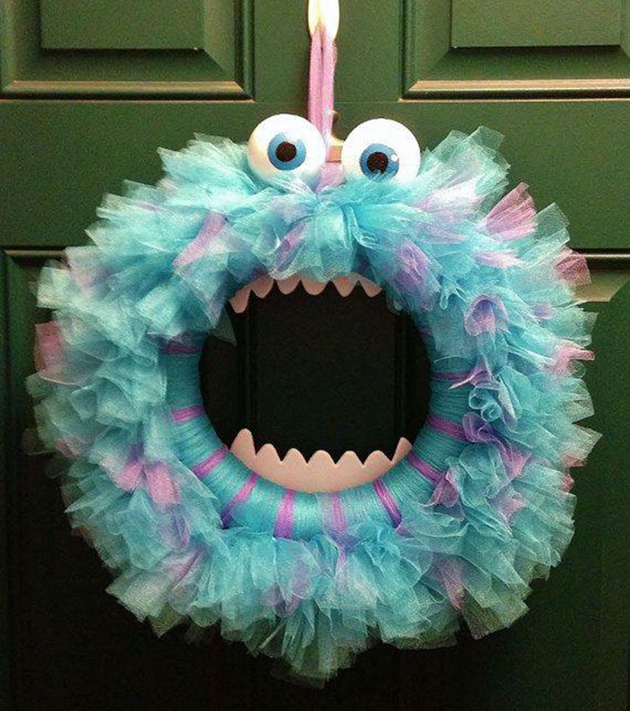 15 Awesome Homemade Wreaths To Inspire Your Creative Side