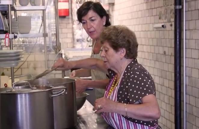 restaurant hires grandma chefs