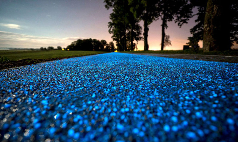 poland glowing bike path
