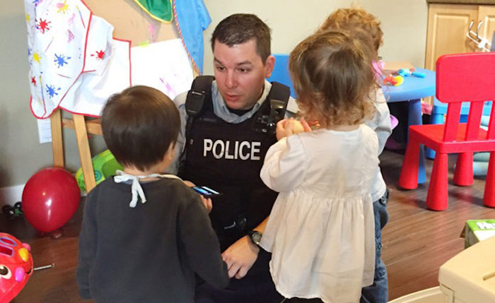 police fill in for babysitter good news