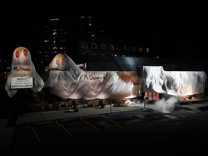 burger king dresses as mcdonalds halloween
