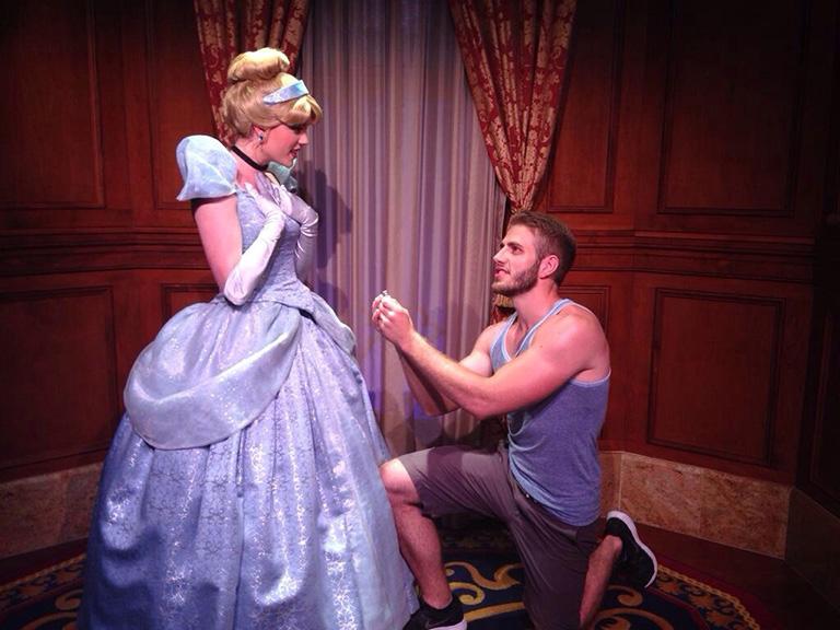 guy proposes to Disney princesses