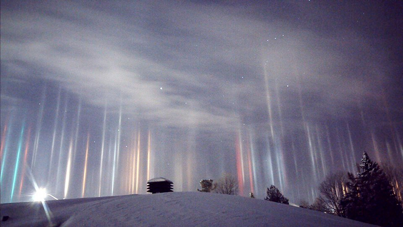 light pillars Canada 2017