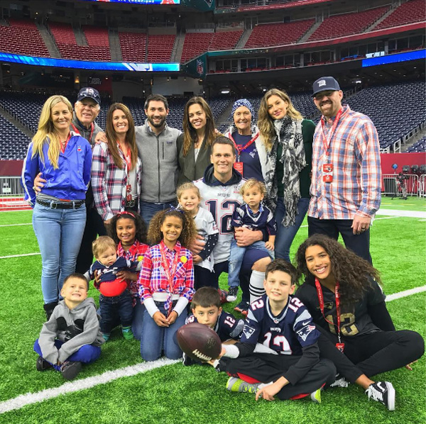 tom brady family super bowl