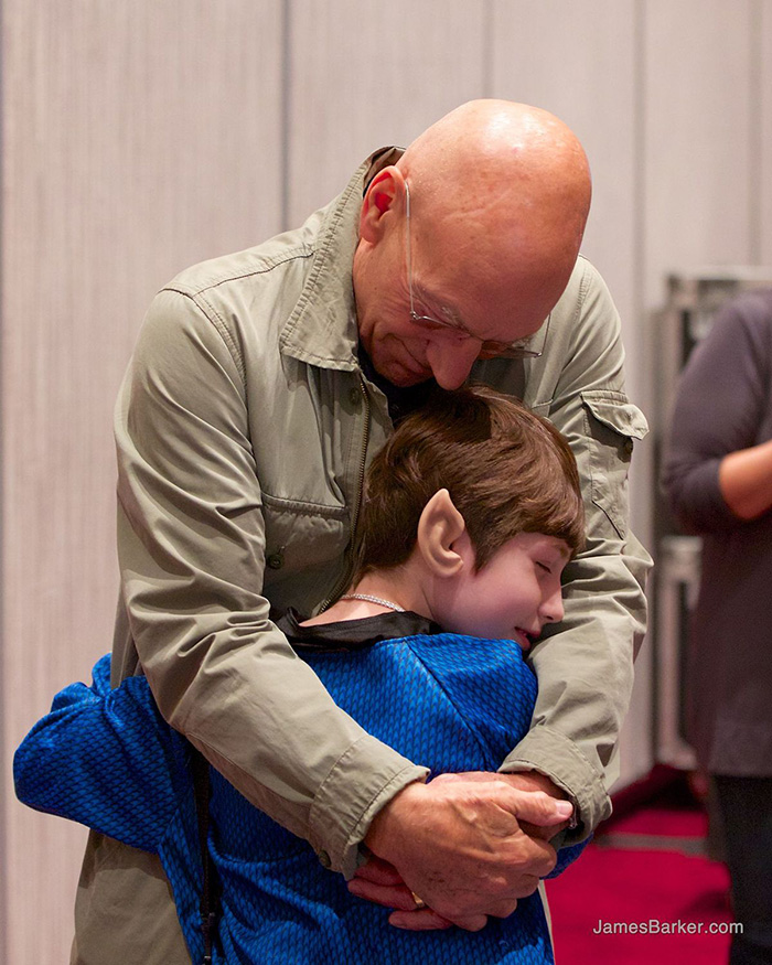 patrick stewart surprises girl with cancer