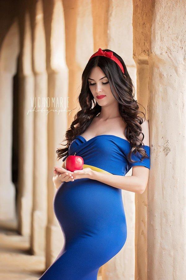 mom disney princess maternity photo shoot