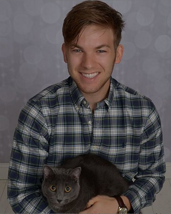 professional cat photos looks like engagement funny