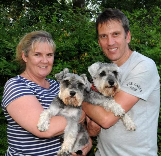 lost dogs return home smell sausage