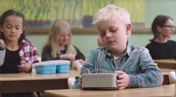 this touching ad about a kid with no lunch makes an
