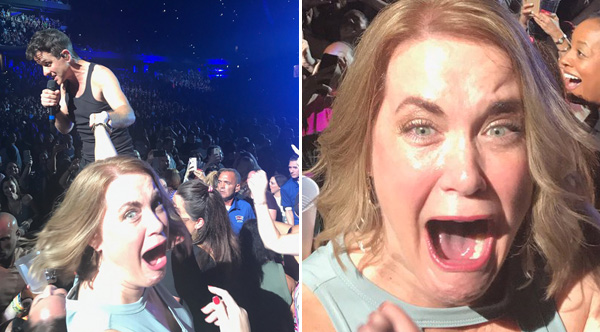 Mom Freaks Out At New Kids On The Block Concert And The Pictures Are Amazing